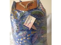NEW BLUE FLORAL LEAF PRINT DESIGN VINYL SPORTS DUFFLE BAG WITH LEATHER TRIM and ROPE HANDLE from USA