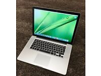 Apple macbook i5 A1286.750gb harddrive.4gb RAM dual boot with windows