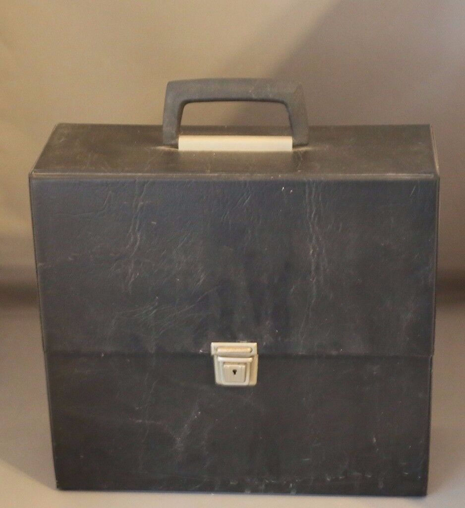 vintage record case in good condition