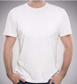 Plain white round neck t-shirt - wholesale