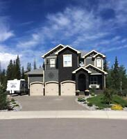 Gorgeous 2 yr old Executive Home in Hinton