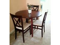 ***QUALITY COMPACT DROP LEAF TABLE & 3 CHAIRS IN EXCELLENT CONDITION***