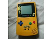 Limited edition yellow pikachu Pokemon gameboy colour