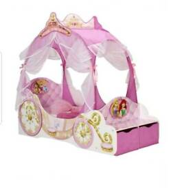 Disney Princess carriage toddler bed