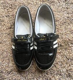 Adidas sleek series