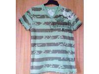 Men's Green Khaki Striped Urban Spirit V-Neck Short Sleeve T-Shirt.Size Medium.