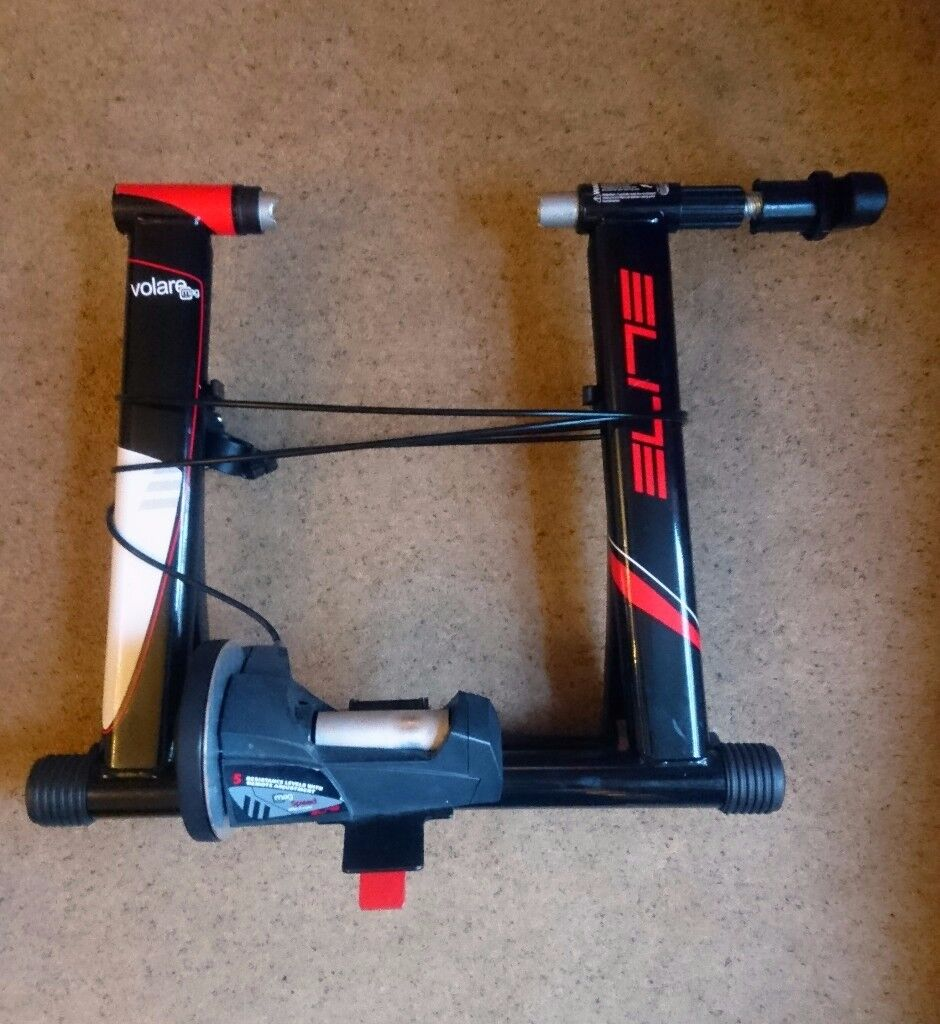Elite Volare Mag Turbo Trainer with front wheel riser block