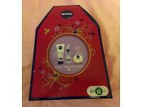 Nivea Silky Smooth Skin Gift Set (Brand New) £3