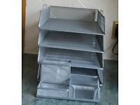 4 Stacking Metal Mesh Paper & Filing Trays complete with Desk Tidy for Pens Pencils, paperclips etc
