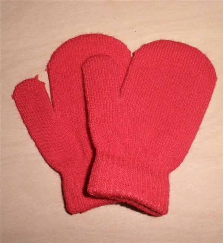 RED Mittens   Toddler or Baby  Knitted   NEW