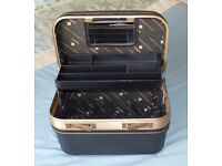 Beauty / Vanity Case - great for make-up, jewellery, hair styling tools