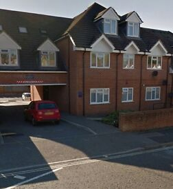 2 bed flat ( Southampton ) for 1/2 bed house - all moving fees and relocation fee paid