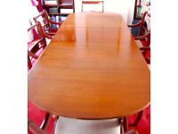 Lovey extendable dining table and 6 chairs