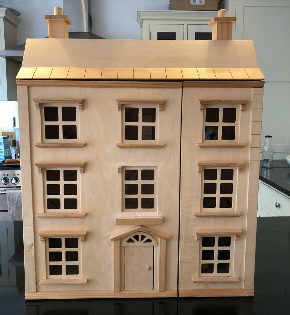 Toys R Us Wooden Dolls House With Accessories In