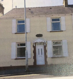 2 rooms to rent in a 4 bedroom house in Sketty, Swansea