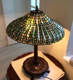 Tiffany green lotus lamp