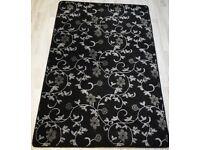 Kensington Floral Pattern Wilton Rug 160 x 120 cm cm Black 100% Polypropylene