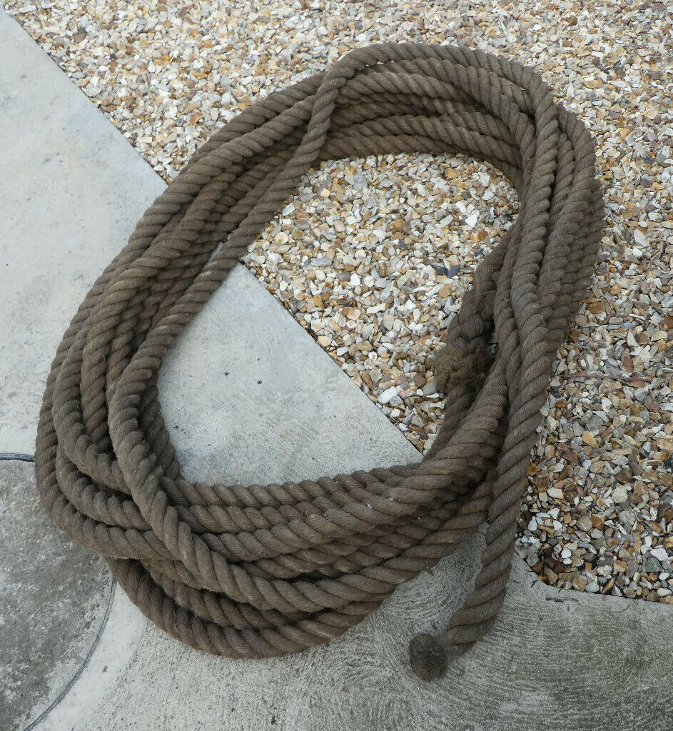 Rope / 30 meters of 40mm natural manila rope / tug of war rope / decking  rope / natural manila rope  | in Gainsborough, Lincolnshire | Gumtree