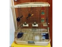 VISION BIRD CAGE SUITABLE FOR BUDGIES CANAIRIES & LOVEBIRDS W16in x L20in x H20in;