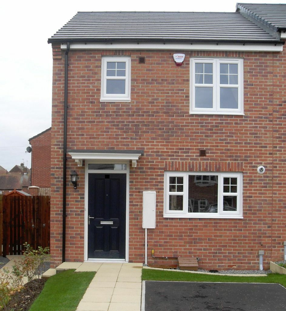 Mutual exchange only gentoo 2 bed new build house ryhope for 5 bedroom new build homes