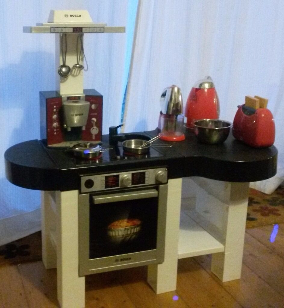 Schön Bosch Play Kitchen With Toaster, Mixer, Kettle, Box Of Play Food, Cooking