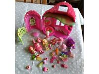 Strawberry Shortcake doll's friends clothing boutique