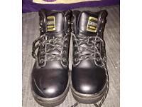 Dunlop steel toe cap boots size 3