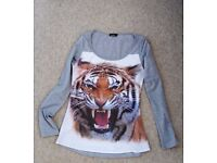 Tiger stamped T-shirt size 8 - Perfect condition
