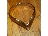 9 carat Gold wishbone ring size O