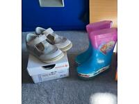 Size 5 toddler/infant baby girls shoes