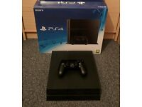 PlayStation 4 500GB Black - Like new