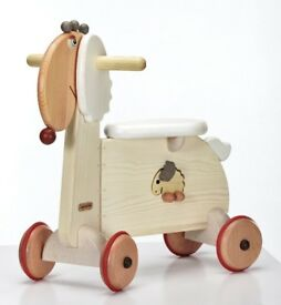 Molly sheep Ride on Toy/Scooter - Wooden