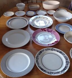 19 Piece Assorted Tableware Set *FREE DELIVERY* Dinner Plate Bowl Saucer Crockery Dining Ceramic