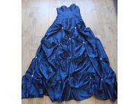Stunning Strapless prom/wedding/bridesmaid/evening dress and under skirt