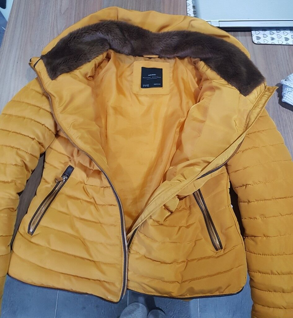 00b9589bae Women's Zara Mustard Yellow Puffer Jacket Coat Size Small GREAT CONDITION!  | in Sale, Manchester | Gumtree
