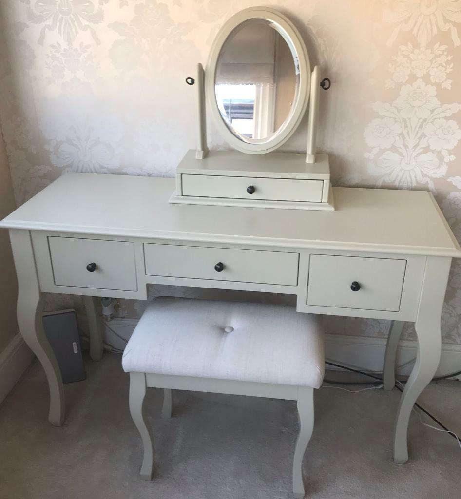buy popular 18a7d 6f84e Laura Ashley Rosalind Dressing table and Stool   in Romford, London    Gumtree