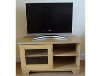 TV Unit. Oak veneer. 100cm wide.