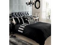 New in packaging Stunning trendy Super king black and diamonte duvet set