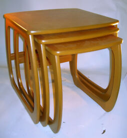 Collectable Vintage Nathan Nest of 3 Tables VGC (WH_2794)