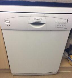 Dishwasher - Hotpoint Aquarius DWF30 (White)