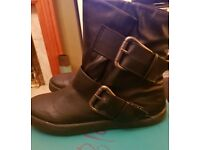 New Women's Blowfish Black Coleman Synthetic Ankle Boots Size 6