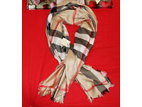 NEW BURBERRY SCARF