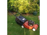 Sovereign 35 Classic Lawn Mower. 18 Inch. Large Grass Box. Good runner.