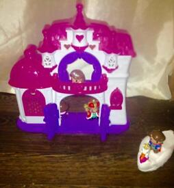 Grow play my first castle with acces similar to little people