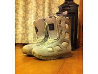 Women's Burton Freestyle Snowboarding Boots - UK Size 6