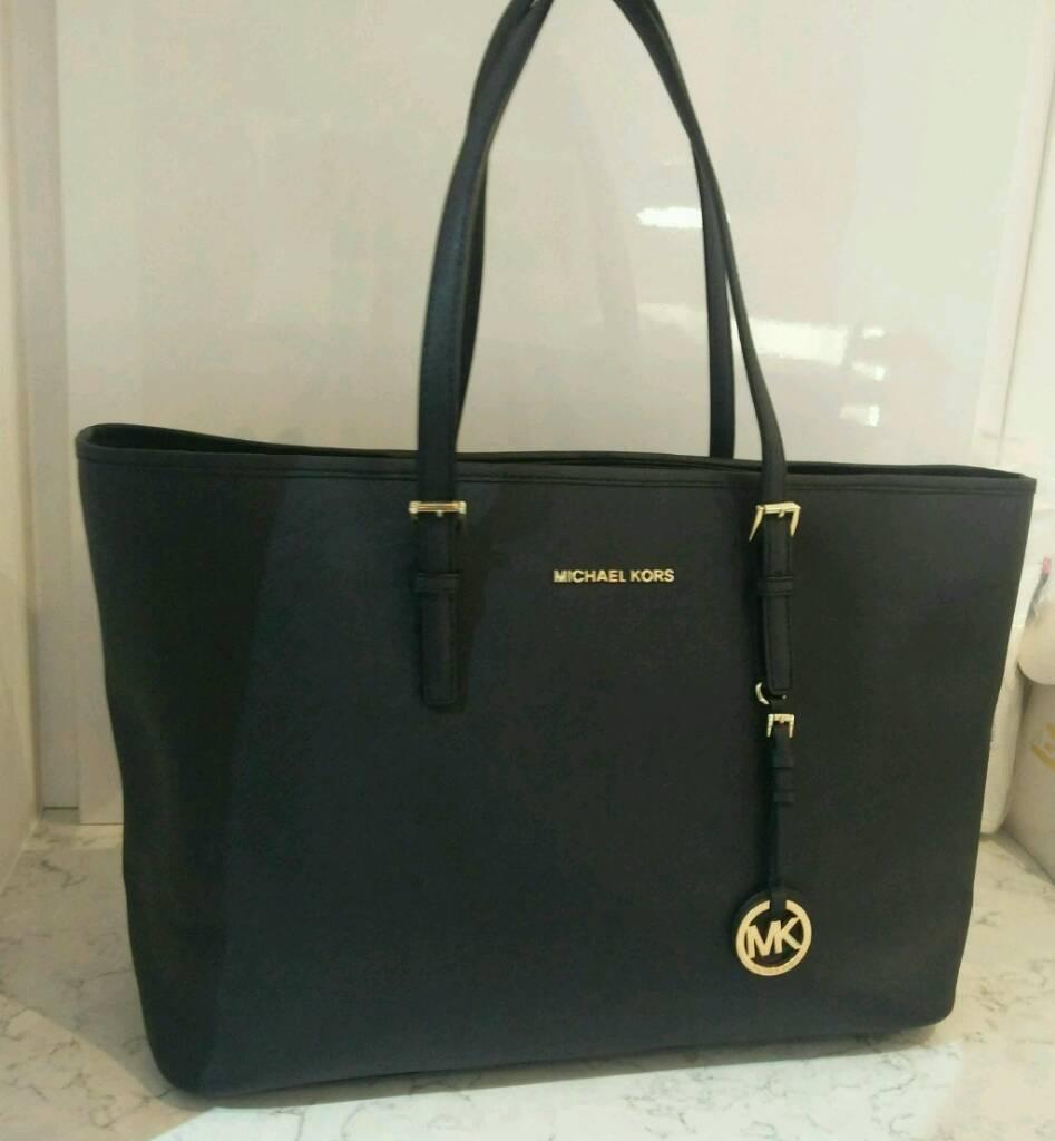 Michael Kors handbag original leather   in Shepherds Bush, London ... 61a45f5d09
