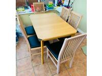Wooden Table Extendable with 6 Chairs