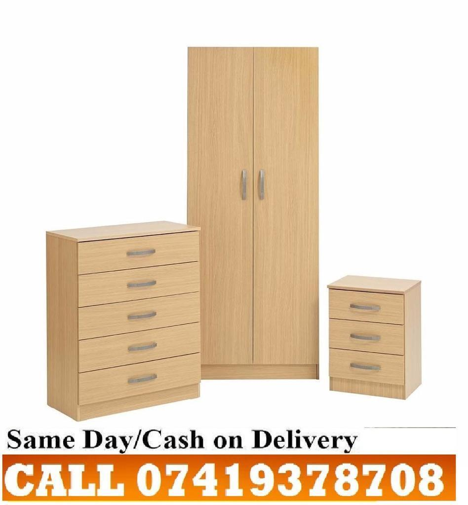 A BUDGET SET 2 DOOR Wardrob CHEST OF DRAWERS PRE ASSEMBLEDin Hornsey, LondonGumtree - BED ROOM SET FEATURES BRAND NEW PRE ASSEMBLED 2 DOOR WardrobWITH HAGING RAIL TOP SHELVES MULTIPLE DRAWERS CHEST OF DRAWER 3 DRAWERS BED SIDE TABEL SAME DAY DELIVERY COLOR BEECH PRICE E ?60 CHEST OF DRAWERS ?50 BED SIDE TABLE ?30 COMPLETE SET Wardrob...