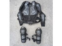 Body armour and kneepads