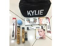 Brand New Ladies Kylie Makeup Sets Comes With Everything Pictured £35